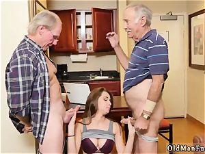 eat me dad presenting Dukke