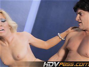 HDVPass Back bending, gam opening up hook-up moves!