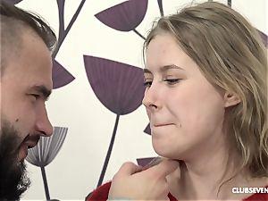youthfull woman Wants lovemaking