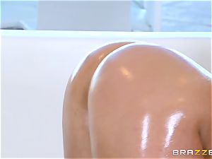 naked oily screwing with jaw-dropping stunner Abella Danger