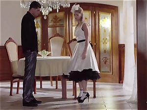 PINUP romp - cute Czech ash-blonde loves sensual tear up