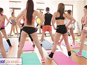 FitnessRooms epic cabooses on showcase before lezzy honies