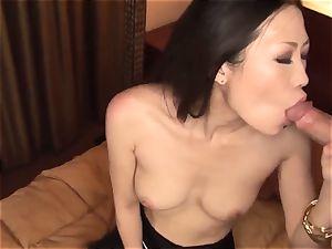 japanese hardcore by bare beauty Yui Komine