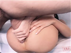 japanese babe Marica Hase thirsts it up the brown sphincter