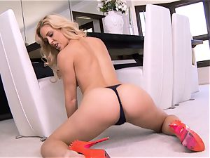 awesome milf Cherie Deville flashes exactly what she loves