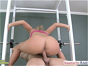 wonderful Phoenix Marie at the gym getting smashed