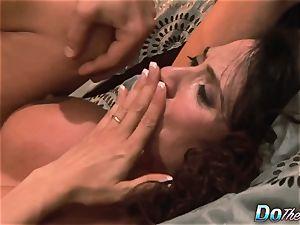 cuckold wifey Ariella Ferrara boink man
