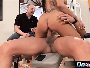 Mahina Zaltana screws in a porn man for her spouse