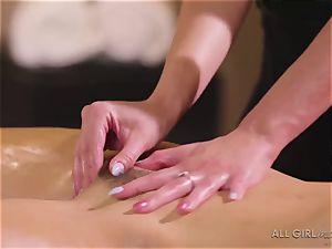 Abella Danger and Haley Reed scissor hookup makes them orgasm