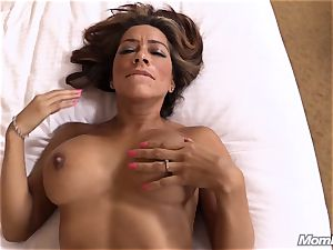 sizzling Latina unexperienced milf very first timer