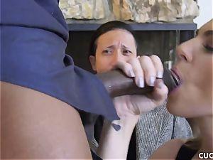 dark-hued fellow pummels his manager whorey wifey Dahlia Sky
