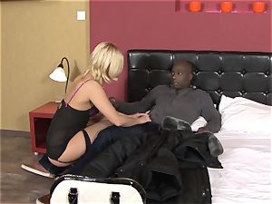 Invited a stranger hotwife trainer to poke ash-blonde wife