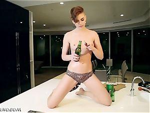 inebriated emo fuckslut Setyga pounds herself