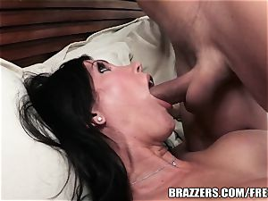 Brazzers - Shay sights - Laying penis like a professional