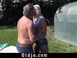 super super-cute nubile deep-throats an senior pecker in the garden